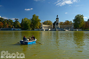 Photo : Estanque, Parque del Retiro, Madrid, España