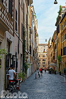 Photo : Via del Boschetto, Quartier de Monti, Rome, Latium, Italie