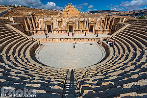 Photo : Théâtre sud, Cité antique de Jerash, Jordanie