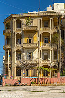 Photo : Immeuble traditionnel à l'abandon, Rue Sadat, Hamra, Ras Beyrouth, Beyrouth, Liban, Beyrouth, Liban