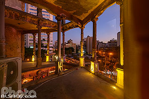Photo : Maison Jaune (Beit Beirut) la nuit, Sodeco, Achrafieh, Beyrouth, Liban, Beyrouth, Liban