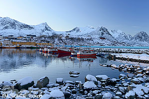 Photo : Port de pêche de Husøy, Senja, Troms, Norvège