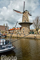 Photo : Moulin à vent, Turfsingel, Gouda, Zuid-Holland, Pays-Bas