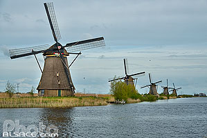 Photo : Moulins à vent de Kinderdijk, Zuid-Holland, Pays-Bas