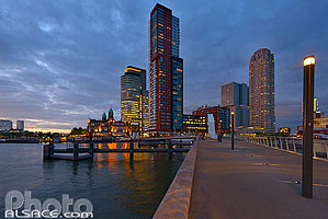 Photo : World Port Center, Hôtel New York et Montevideo, Wilhelminapier, Rotterdam, Zuid-Holland, Pays-Bas, Zuid-Holland, Pays-Bas