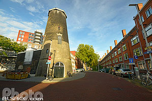 Photo : Ancien Moulin, Mathenesserdijk, Delfshaven, Rotterdam, Zuid-Holland, Pays-Bas