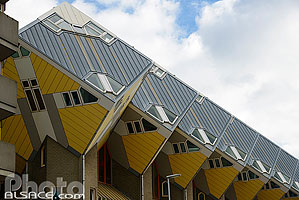 Photo : Blaakse Bos (Maisons Cubes), Blaak, Rotterdam, Zuid-Holland, Pays-Bas