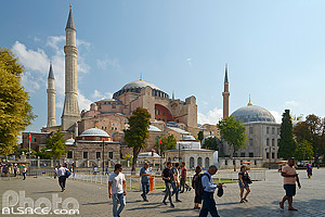 Sainte-Sophie (église devenue mosquée puis musée), Fatih, Istanbul, Turquie, Marmara Bölgesi, Turquie