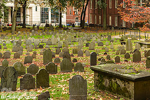 Photo : Granary Burying Ground (Troisième plus vieux cimetière de la ville de Boston), Boston, Massachusetts, Etats-Unis