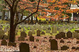 Photo : Granary Burying Ground (Troisième plus vieux cimetière de la ville de Boston), Boston, Massachusetts, Etats-Unis, Massachusetts, Etats-Unis