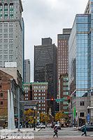 Photo : State Street vue depuis Atlantic avenue, Boston, Massachusetts, Etats-Unis