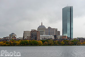 Photo : Charles River et Boston en automne, Massachusetts, Etats-Unis