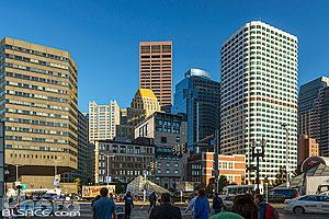 Photo : Immeubles du centre ville de Boston, Atlantic Avenue, Boston, Massachusetts, Etats-Unis