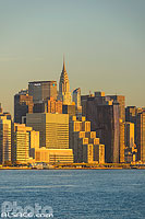Photo : Manhattan et Chrysler building vue depuis Williamsburg, Brooklyn, New York, Etats-Unis