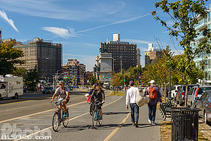 Photo : Eastern Parkway, Prospect Heights, Brooklyn, New York, Etats-Unis