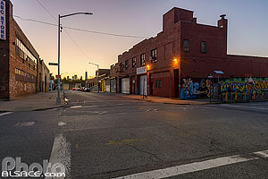 Photo : Greenpoint la nuit (Banker Street et Meserole Avenue), Brooklyn, New York, Etats-Unis, New York, Etats-Unis