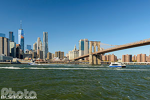 Photo : East River et Financial District, Brooklyn, New York, Etats-Unis