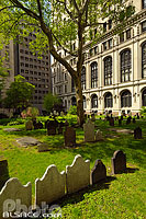 Photo : Trinity Cemetery, Lower Manhattan, Manhattan, New York, Etats-Unis