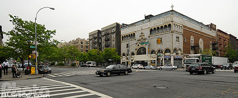 Photo : First Corinthian Baptist Church, 116th Street et 7th Avenue, Harlem, Manhattan, New York, Etats-Unis