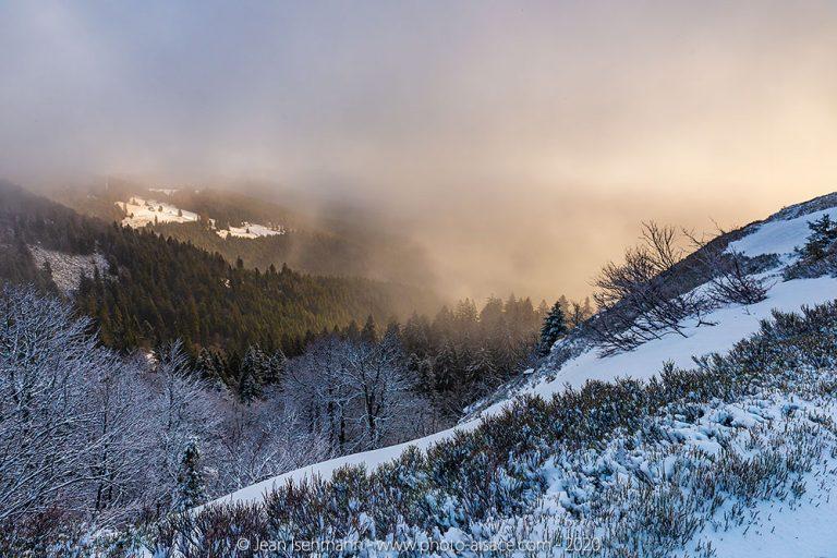 Sur le blog de photo-alsace : Neige sur les crêtes ?